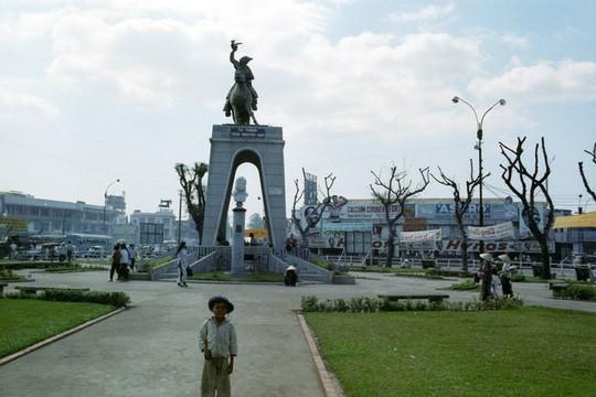 Ảnh hiếm về trung tâm Sài Gòn năm 1967 - Ảnh 2.