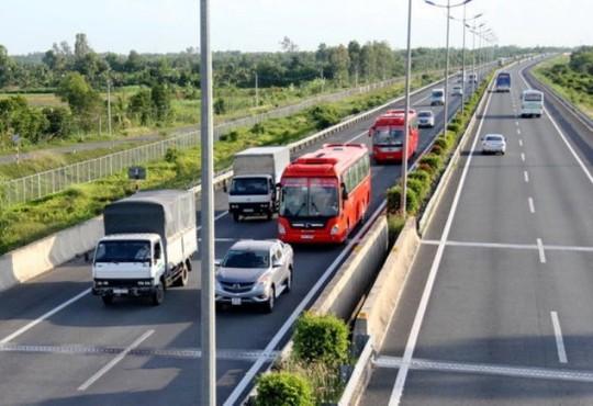 Những lỗi nào lái xe hay mắc phải trên đường cao tốc? - Ảnh 7.