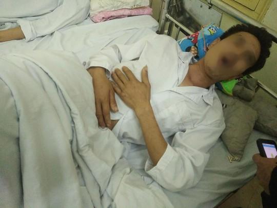 Bảo vệ Bệnh viện K đánh người nhà bệnh nhân rạn xương, nhập viện - Ảnh 2.
