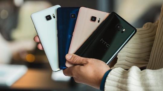 Sau Tết, smartphone giảm giá mạnh để xả hàng - Ảnh 1.