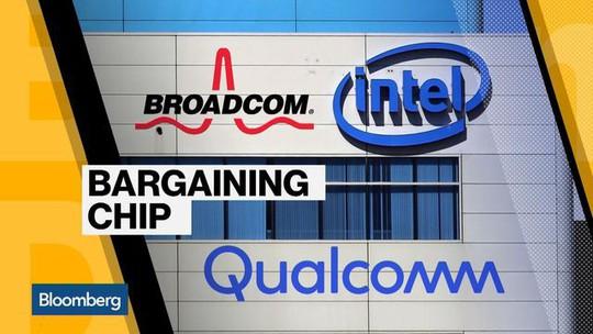 Ông Donald Trump chặn thương vụ trăm tỉ USD của Broadcom - Ảnh 1.