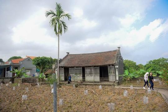 Bí ẩn về ngôi nhà Bá Kiến hơn 100 năm tuổi ở làng Vũ Đại - Ảnh 2.