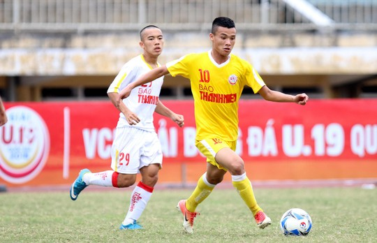 VCK Giải U19 Quốc gia: Đương kim vô địch Hà Nội vào chung kết nhờ loạt sút luân lưu - Ảnh 1.