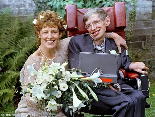 Ông hoàng vật lý vũ trụ Stephen Hawking qua đời - Ảnh 5.