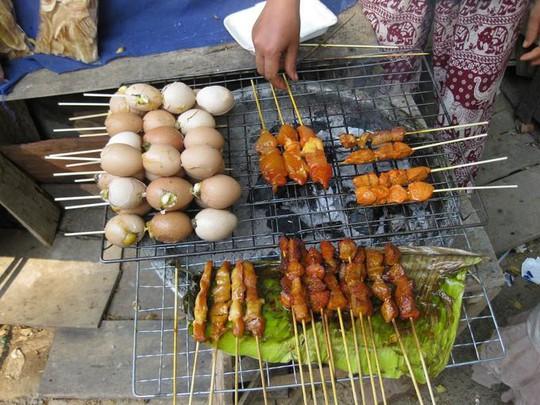8 món ăn đường phố ngon nhất ở Luang Prabang - Ảnh 7.