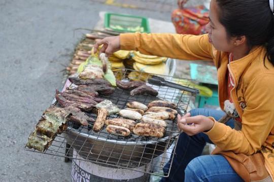 8 món ăn đường phố ngon nhất ở Luang Prabang - Ảnh 8.