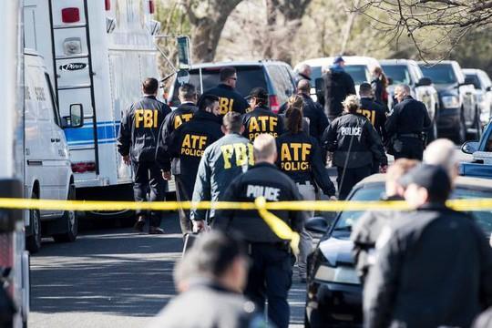 Mỹ: Texas hoảng loạn vì hàng loạt vụ bom cài trong gói hàng - Ảnh 1.