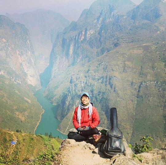 8x Phú Yên đi bộ xuyên Việt trong 113 ngày đêm - Ảnh 1.