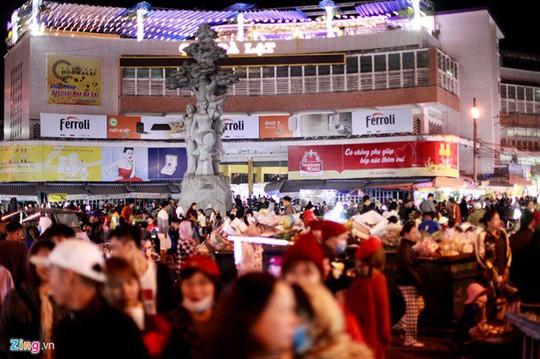 Chợ đêm Đà Lạt: Những bất cập khiến du khách nản lòng - Ảnh 11.