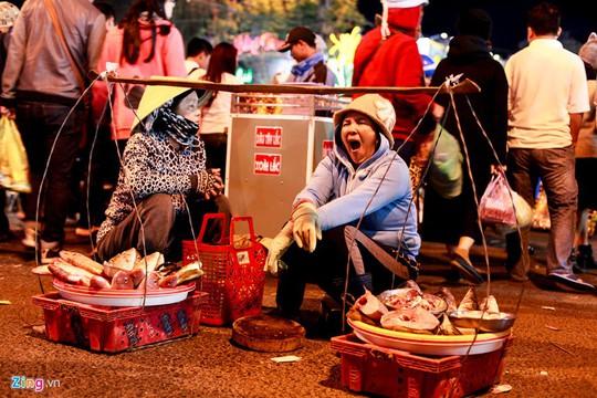 Chợ đêm Đà Lạt: Những bất cập khiến du khách nản lòng - Ảnh 7.