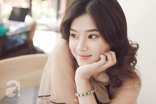 Hoàng Yến Chibi: Tôi sợ chị Hồng Ánh mỗi khi diễn sai - Ảnh 11.