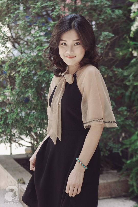 Hoàng Yến Chibi: Tôi sợ chị Hồng Ánh mỗi khi diễn sai - Ảnh 5.