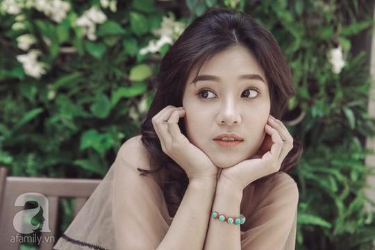 Hoàng Yến Chibi: Tôi sợ chị Hồng Ánh mỗi khi diễn sai - Ảnh 7.