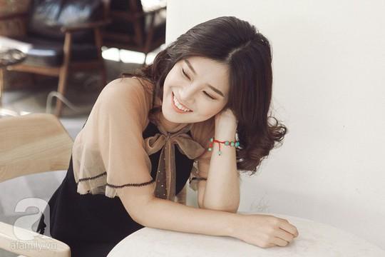 Hoàng Yến Chibi: Tôi sợ chị Hồng Ánh mỗi khi diễn sai - Ảnh 10.