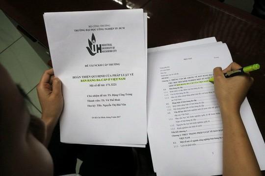 Tân PGS bị tố đạo văn xin rút tên khỏi danh sách PGS - Ảnh 1.