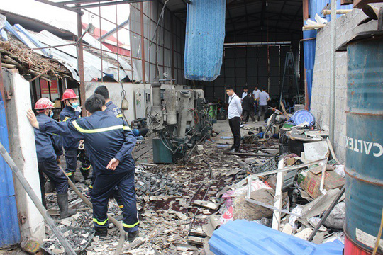Nổ bình khí nitơ tại xưởng phế liệu, 2 người bỏng nặng 1