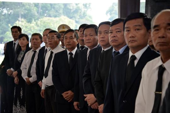Lãnh đạo Đảng, Chính phủ, Quốc hội viếng nguyên Thủ tướng Phan Văn Khải - Ảnh 5.
