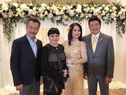 Nghệ sĩ chung vui đám cưới vàng của danh hài Bảo Quốc - Ảnh 3.