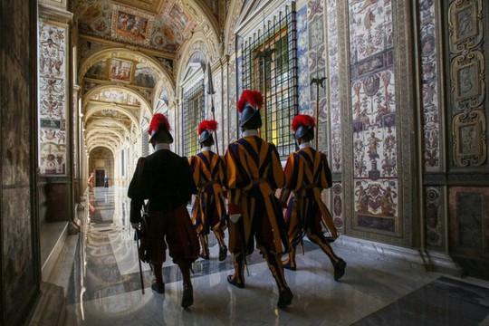 Vatican - thánh địa linh thiêng và huyền bí - Ảnh 22.