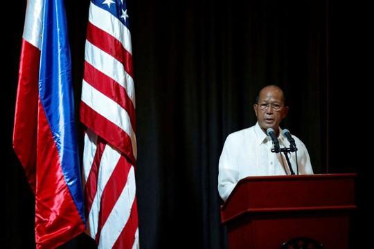 Philippines tố Trung Quốc thách thức máy bay ở biển Đông - Ảnh 1.