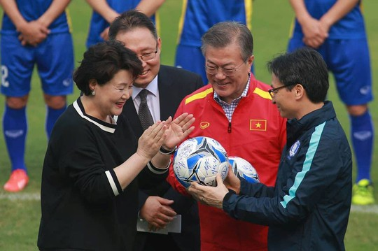 Tổng thống Hàn Quốc: Nếu không có bão tuyết, chắc chắn U23 Việt Nam đã vô địch - Ảnh 7.