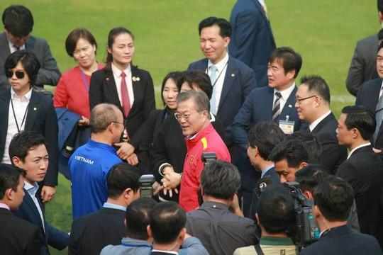 Tổng thống Hàn Quốc: Nếu không có bão tuyết, chắc chắn U23 Việt Nam đã vô địch - Ảnh 12.