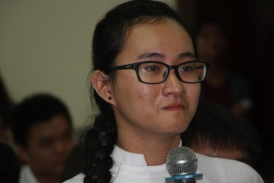 TP HCM: Học sinh bật khóc khi đối thoại với lãnh đạo thành phố - Ảnh 1.