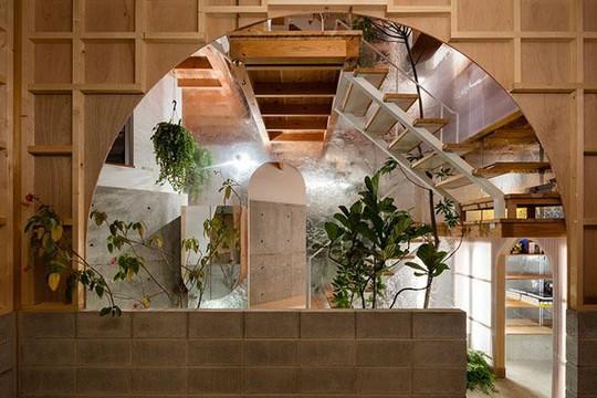 Nhà 2 tầng gây xôn xao giới kiến trúc vì thiết kế... lạ - Ảnh 9.