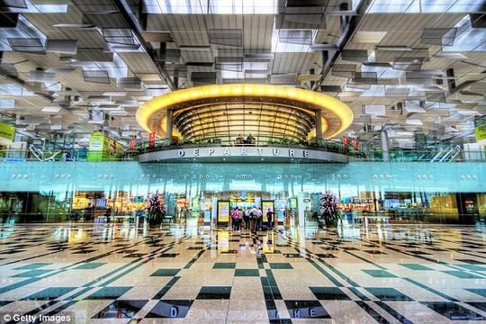 5 sân bay quốc tế tốt nhất thế giới đều thuộc châu Á - Ảnh 1.