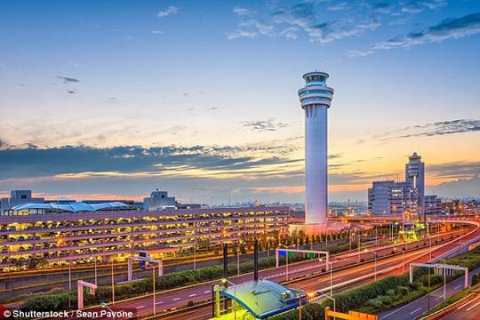 5 sân bay quốc tế tốt nhất thế giới đều thuộc châu Á - Ảnh 2.