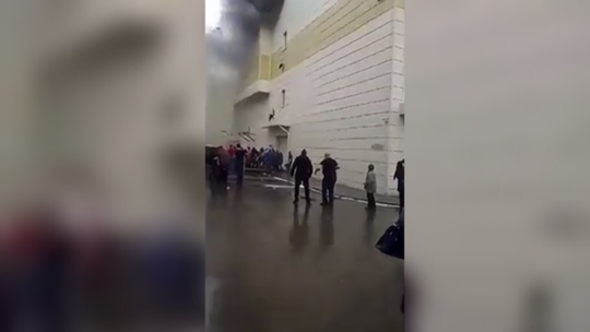 Nga: Cháy trung tâm mua sắm, 53 người thiệt mạng - Ảnh 4.