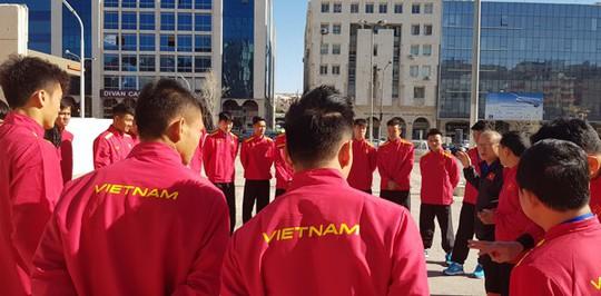 Qua buổi tập đầu tiên tại Jordan, tuyển Việt Nam đã sẵn sàng - Ảnh 4.