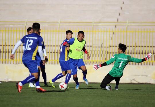 Qua buổi tập đầu tiên tại Jordan, tuyển Việt Nam đã sẵn sàng - Ảnh 8.