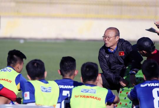 Qua buổi tập đầu tiên tại Jordan, tuyển Việt Nam đã sẵn sàng - Ảnh 9.