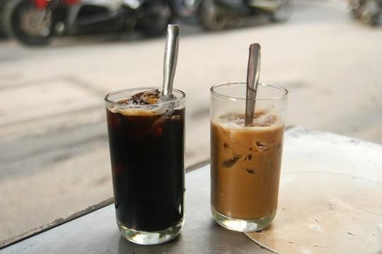 5 địa chỉ cho người thích uống cà phê vào sáng sớm ở Sài Gòn - Ảnh 2.