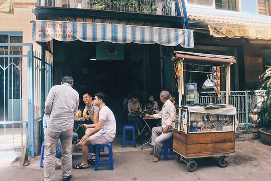 5 địa chỉ cho người thích uống cà phê vào sáng sớm ở Sài Gòn - Ảnh 3.