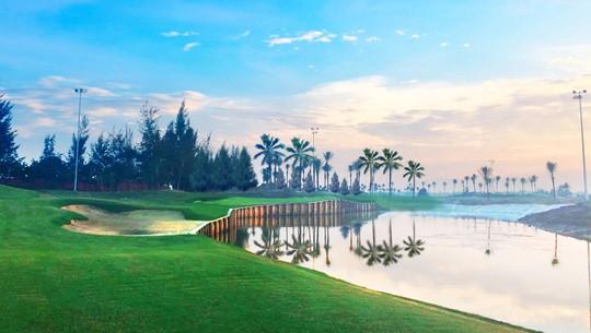 Hướng đi sáng tạo của ngành du lịch golf Việt Nam - Ảnh 1.