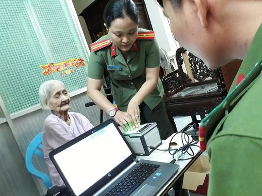 Công an TP HCM sẽ thu thập thông tin cá nhân hàng triệu người - Ảnh 2.