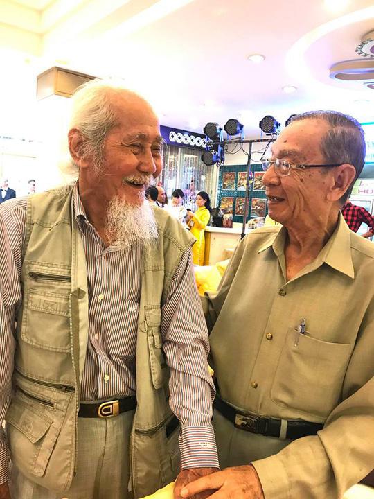 Nghệ sĩ thế hệ vàng ăn chay tưởng nhớ hai soạn giả Hà Triều, Hoa Phượng - Ảnh 6.