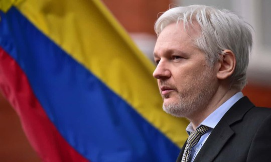 Ecuador cắt internet của ông chủ Wikileaks - Ảnh 1.