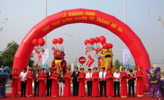 Đà Nẵng: Khánh thành tuyến đường Nguyễn Tất Thành nối dài - Ảnh 1.