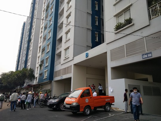 Cư dân chung cư Carina kiến nghị khẩn Công an TP HCM - Ảnh 1.