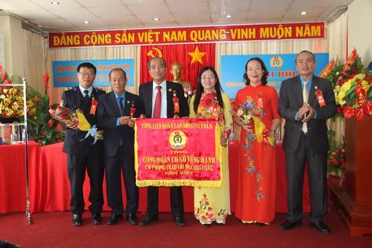 Công đoàn Yến Sào Khánh Hòa vận động hơn 25 tỷ đồng cho công tác xã hội - Ảnh 1.