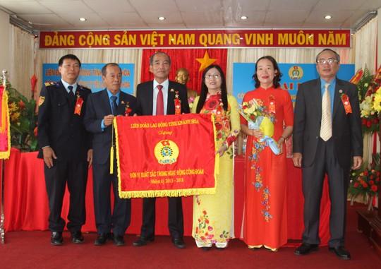 Công đoàn Yến Sào Khánh Hòa vận động hơn 25 tỷ đồng cho công tác xã hội - Ảnh 2.