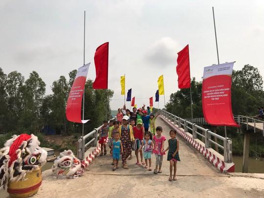 Khánh thành 7 cây cầu dân sinh mới tại Đồng Tháp - Ảnh 2.