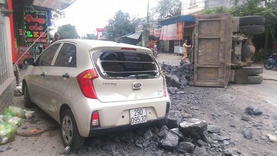 Chủ xe Toyota 7 chỗ bãi nại, tài xế bẻ lái cứu 2 nữ sinh thoát xử lý hình sự - Ảnh 2.