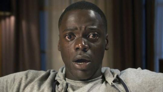 Phim kinh dị Get out thắng giải trước thềm Oscar lần 90 - Ảnh 1.