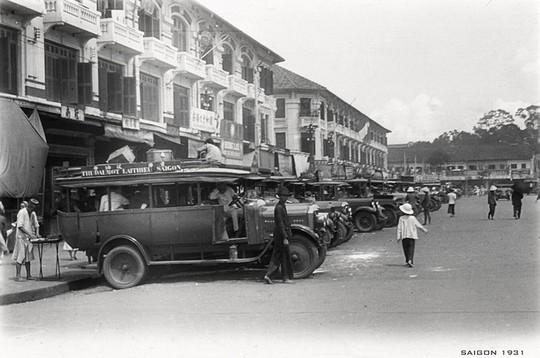 Chợ Bến Thành hơn 90 năm trước, khi xe máy chưa xuất hiện - Ảnh 5.