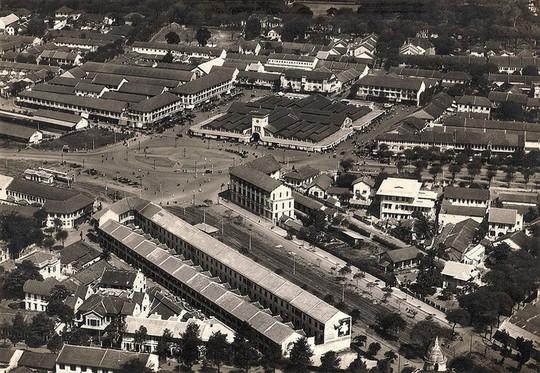 Chợ Bến Thành hơn 90 năm trước, khi xe máy chưa xuất hiện - Ảnh 6.