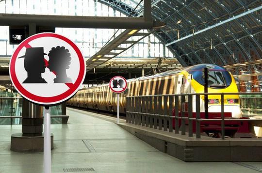 Những quy định khó hiểu ở các nước khiến du khách bối rối - Ảnh 2.